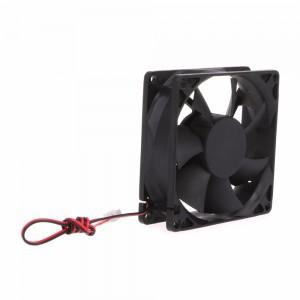 Вентилятор 12В 80x80x25 для 3d принтера